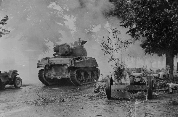 Танковые бои в Нормандии и Арденах— Вилли Фей