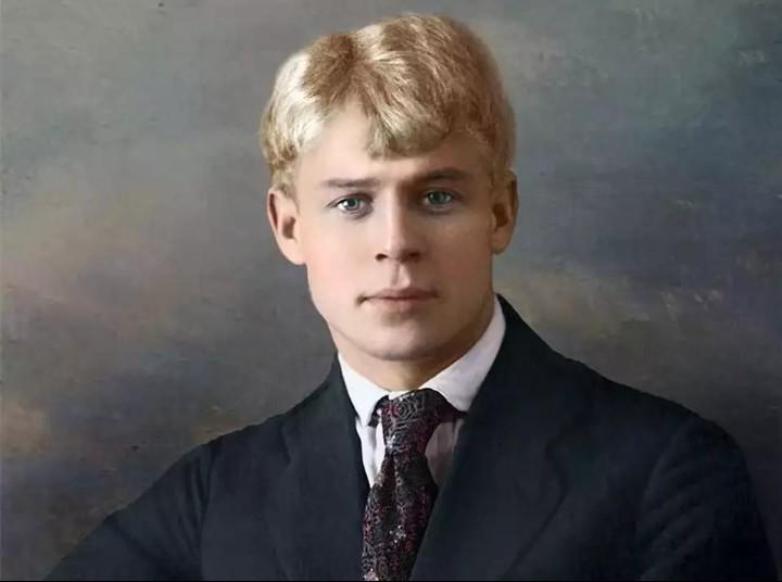 Посвящение Сергею Есенину — Александр Домбровский —читает Павел Беседин