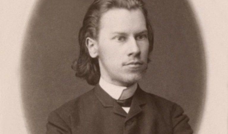 30 мая  родился  Константин Фофанов —(1862  — 1911 )  русский поэт.